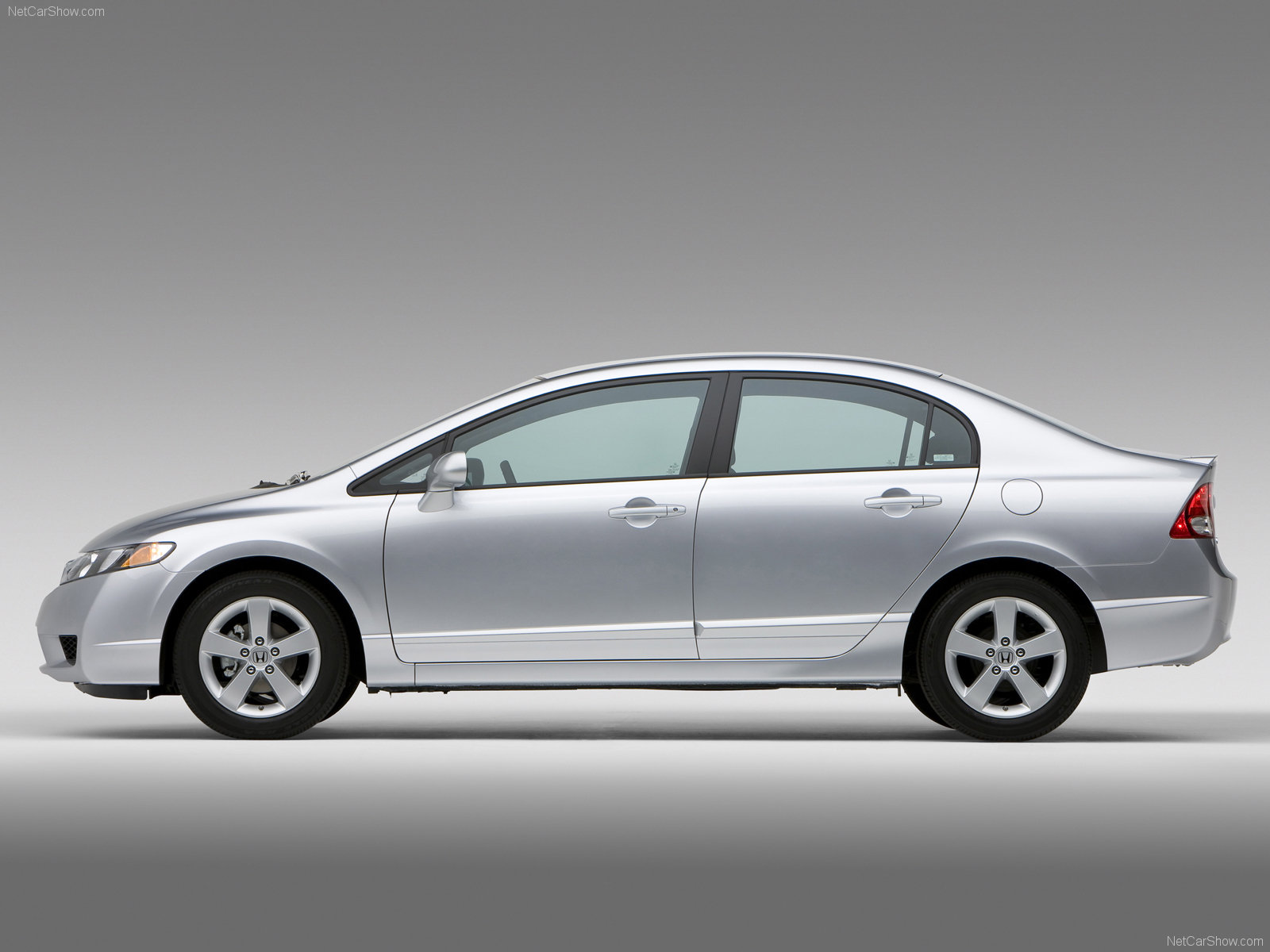 обои Honda Civic 4D sedan